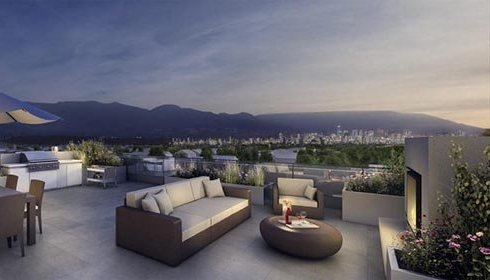3603 W 27th Ave, Vancouver, BC V5V 3G8, Canada Rooftop!