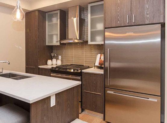 1011 Burdett Ave, Victoria, BC V8V 3G9, Canada Kitchen!