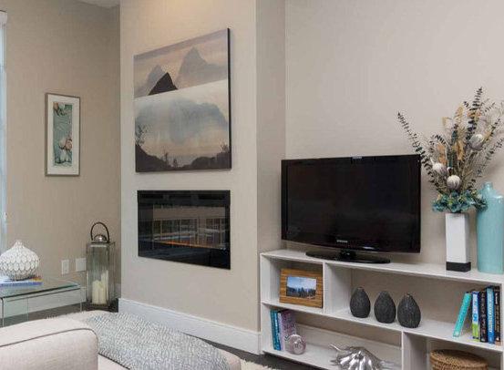 1011 Burdett Ave, Victoria, BC V8V 3G9, Canada Living Area!