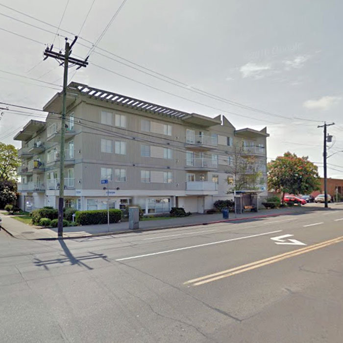 1025 Hillside Avenue, Victoria, BC V8T 2A2, Canada Exterior!