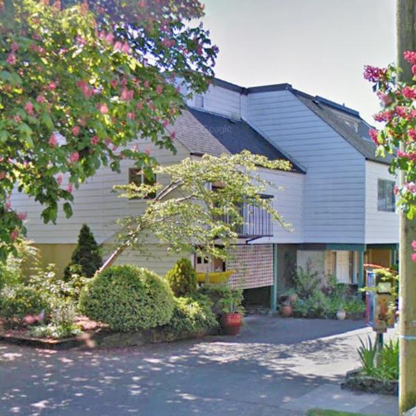 123 Ladysmith St, Victoria, BC!