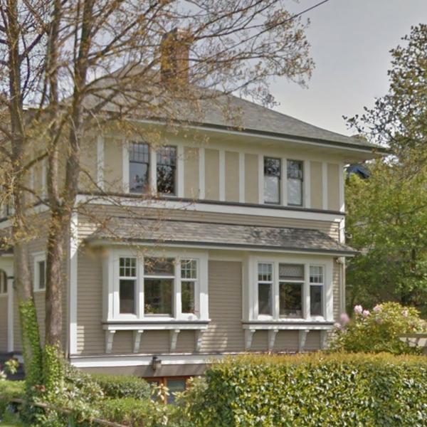 727 Linden Avenue, Victoria, BC!