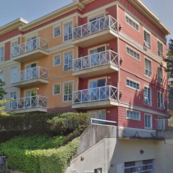 1371 Hillside Ave, Victoria, BC!