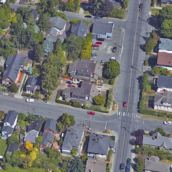 2312 Fernwood Road, Victoria, BC!