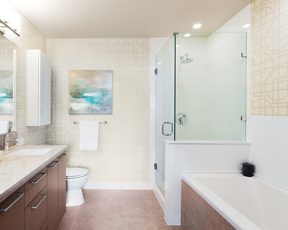 7008 River Parkway, Richmond, BC V6X 1Z9, Canada Bathroom!