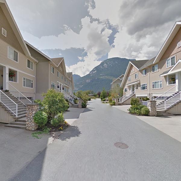 1200 Edgewater Dr, Squamish, BC!
