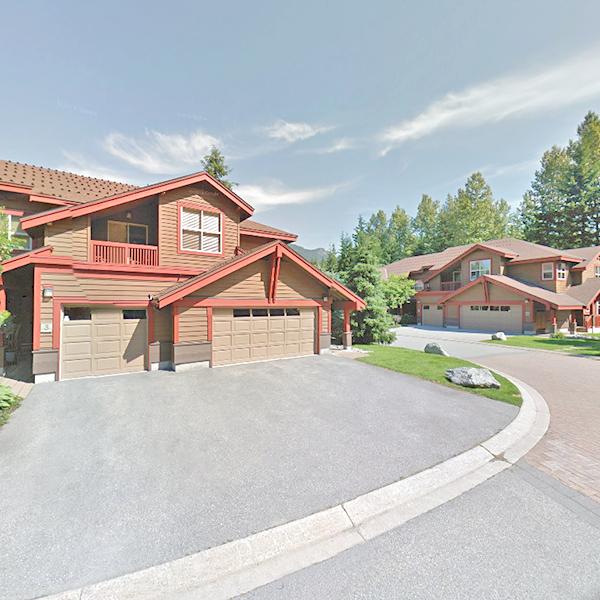1530 Tynebridge Ln, Whistler, BC!