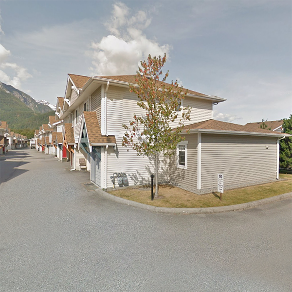 1821 Willow Crescent Squamish, BC!