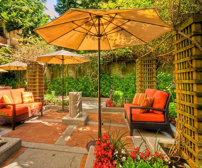 Summerhill Parc Courtyard!