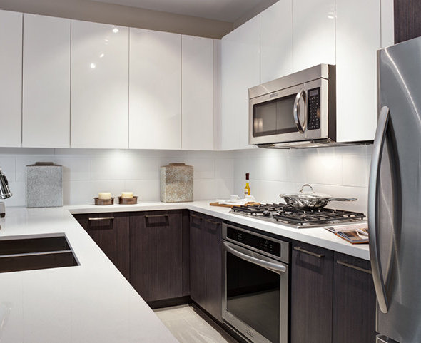 22 E Royal Avenue, New Westminster, BC V3L 0H1, Canada Kitchen!