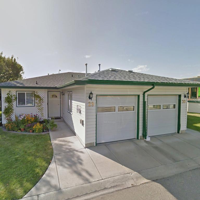 2375 1st St S, Cranbrook, BC!