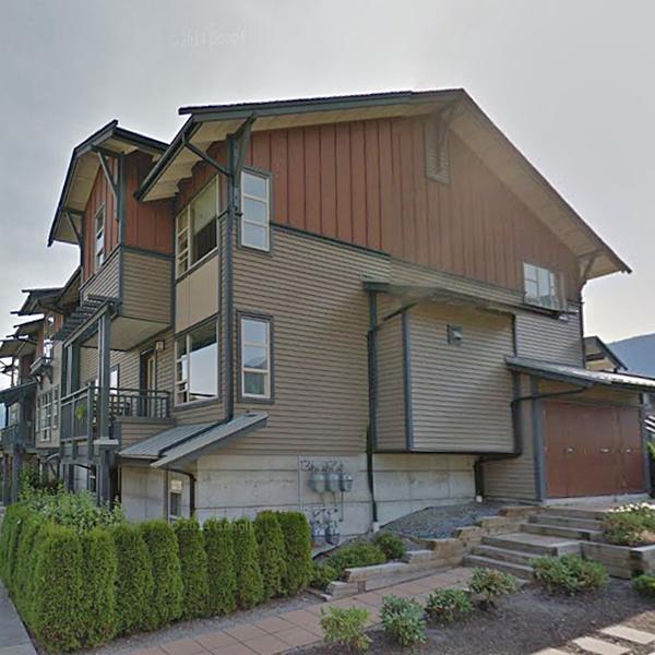 1174 WINGTIP, Squamish, BC!
