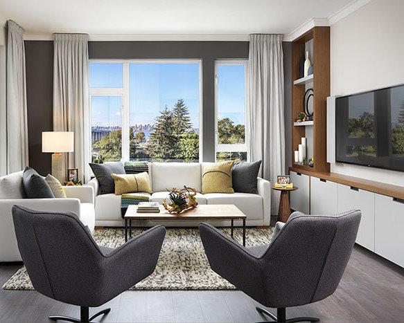 600 3rd St E, North Vancouver, BC V7L 1G6, Canada Living Area!