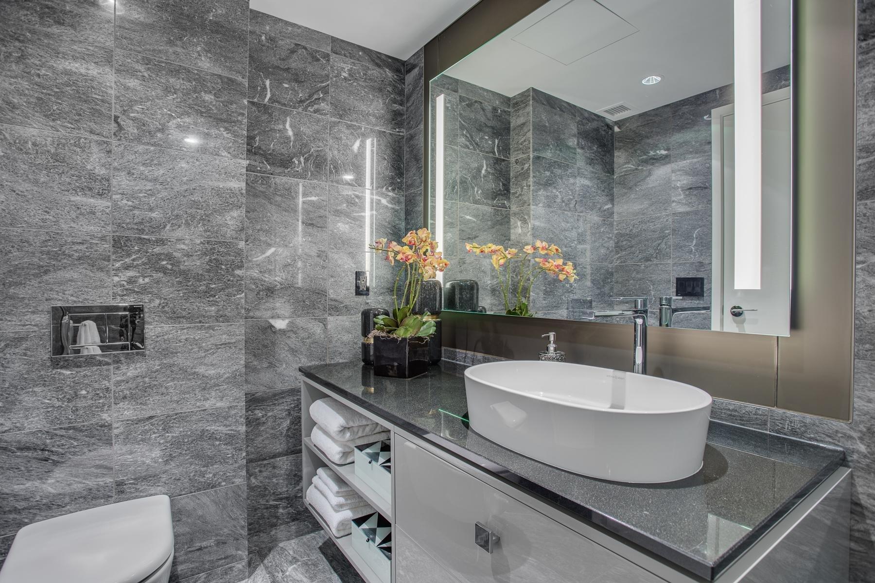 2907 -1151 Georgia Bathroom!