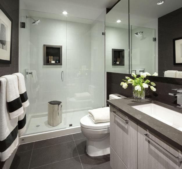 8570 Rivergrass Dr, Vancouver, BC V5S 4T3, Canada Bathroom!