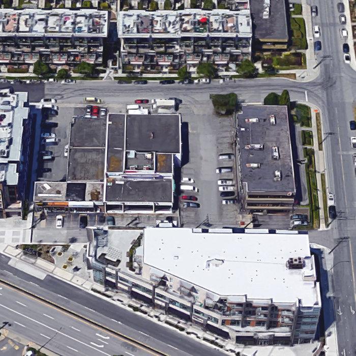 711 W 14th St, North Vancouver, BC V7M 3E8, Canada Location!