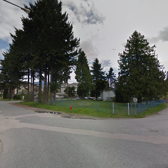 1990 Westminster Ave, Port Coquitlam, BC V3B 1E8, Canada Location!