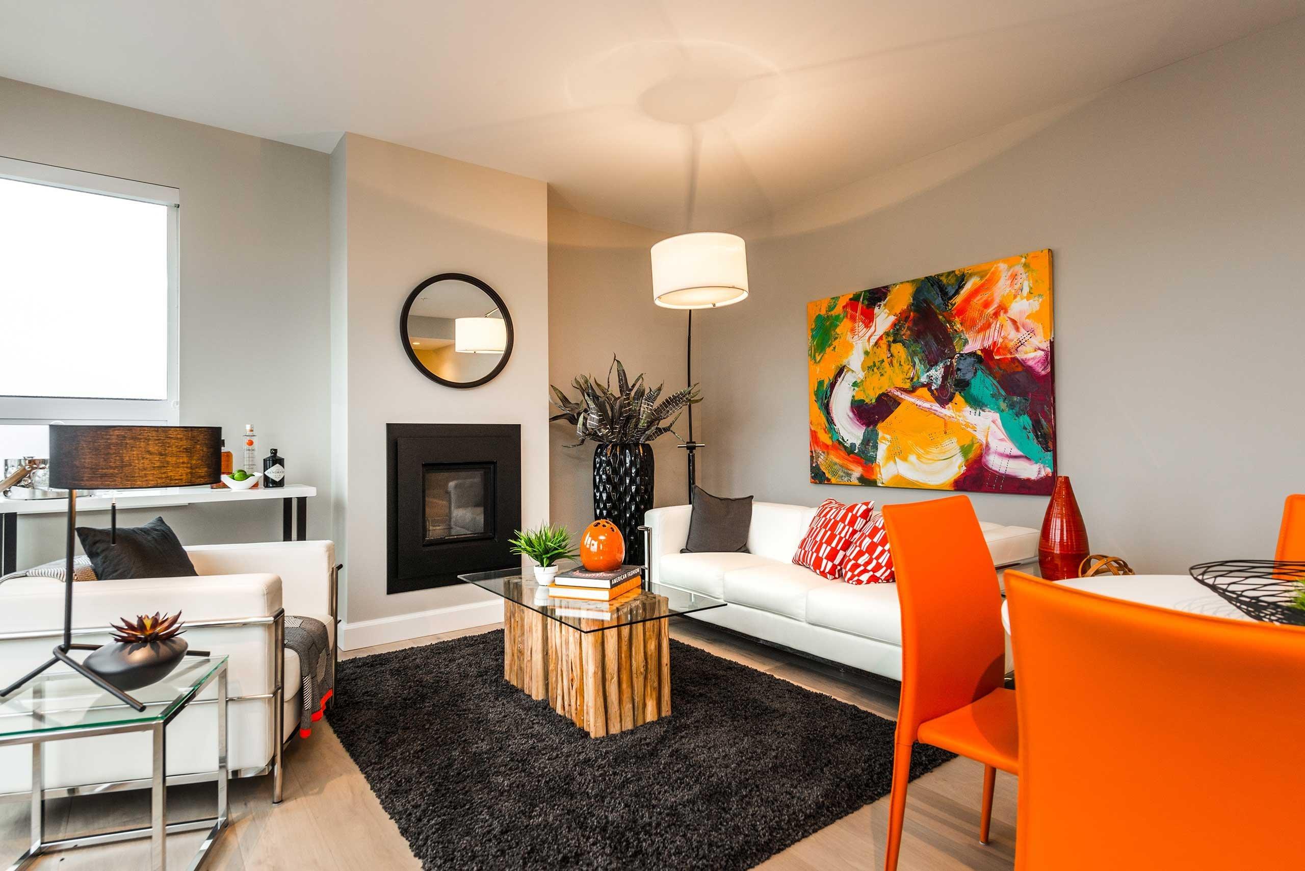 595 Pandora Living Room!