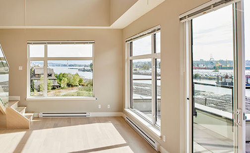262 Salter St, New Westminster, BC V3M 0B4, Canada Open Space!
