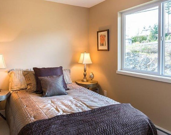 300 Phelps Ave, Victoria, BC V9B 6L3, Canada Bedroom!