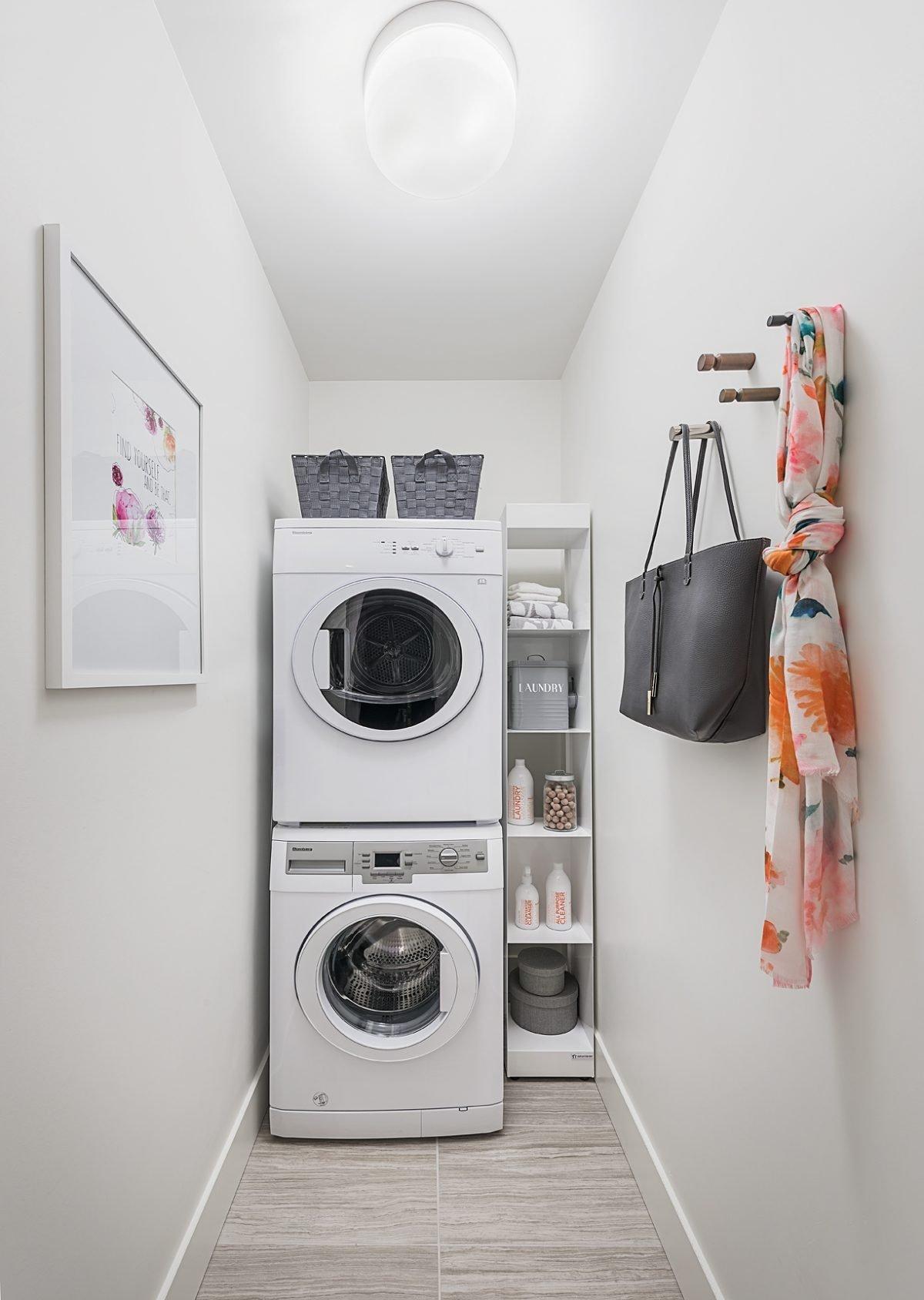 Dahlia Laundry!