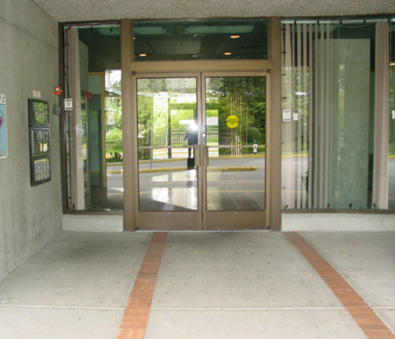 3980 Carrigan Burnaby Entrance!
