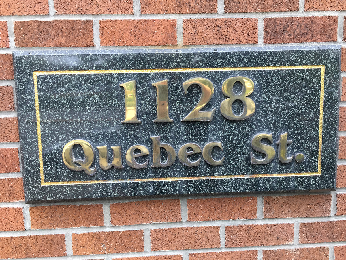 1128 Quebec Plaque!