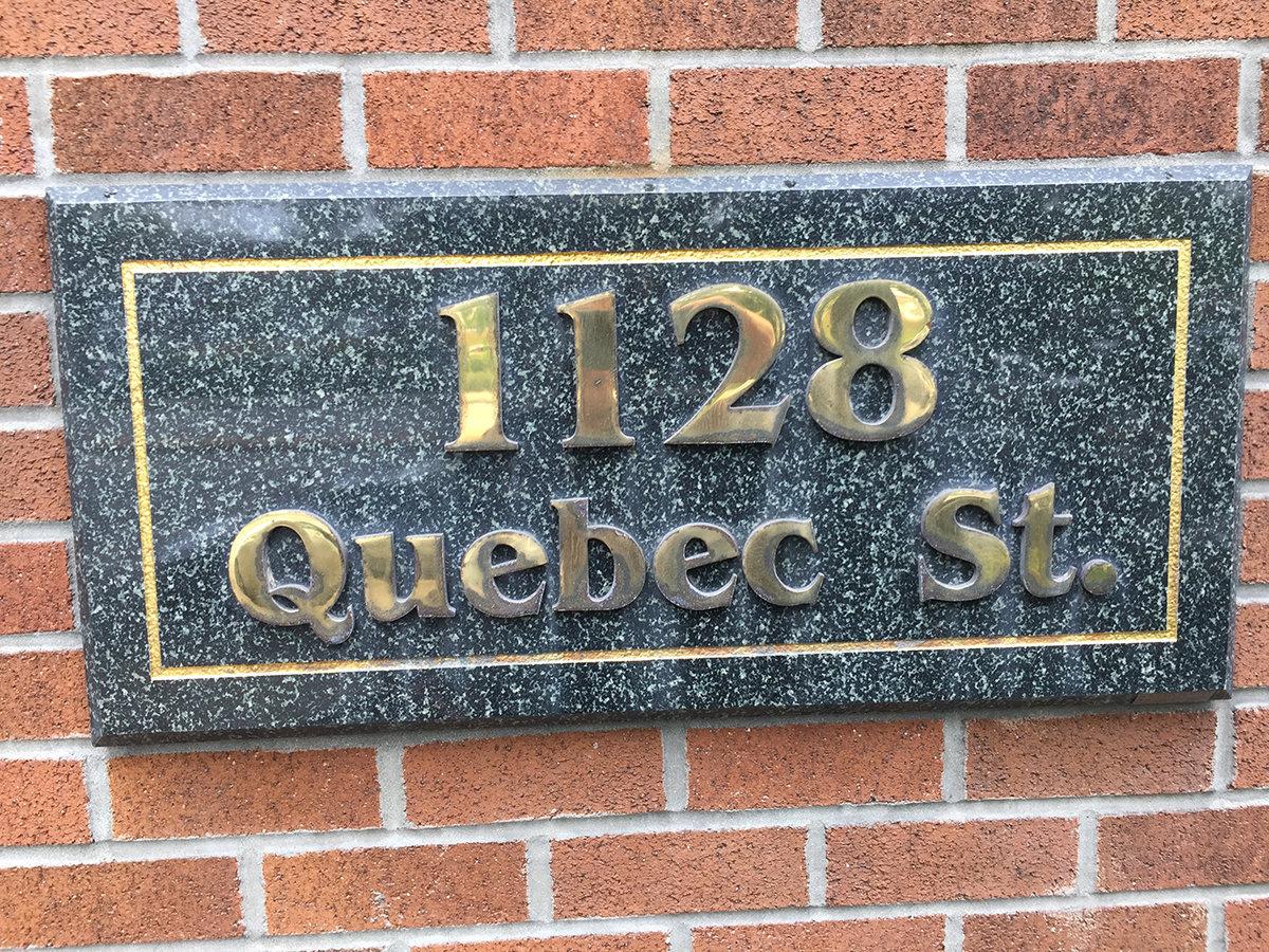 1128 Quebec Plaque!