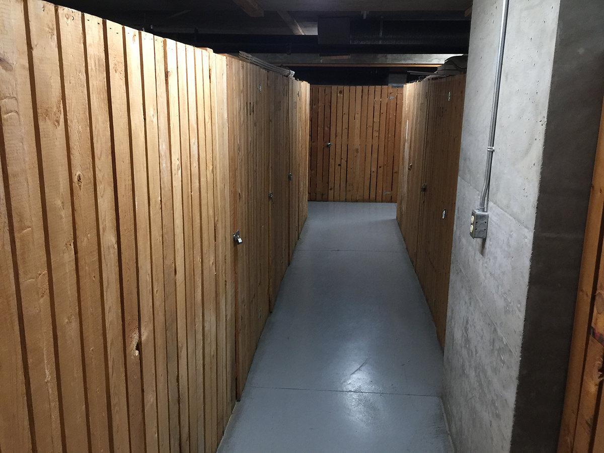 1128 Quebec Storage Lockers!