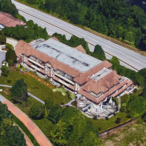 Shoreline Villas - Exterior!