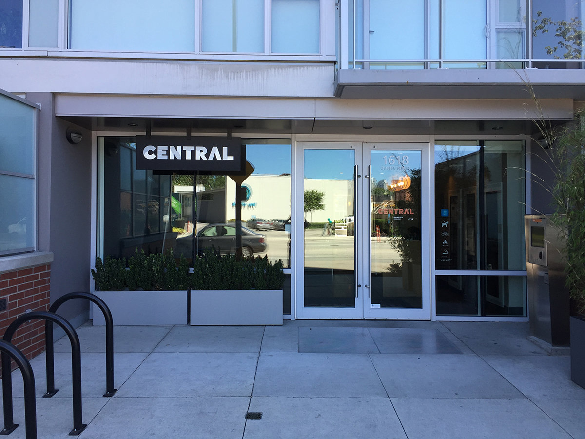 Central 1618 Quebec Entrance!
