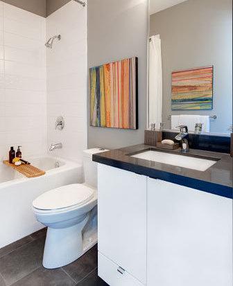 9025 Highland Court, Burnaby, BC V5A 0A, Canada Bathroom!