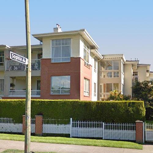 Magnolia Gate - 360 36 Ave E, Vancouver, BCMagnolia Gate - 360 36 Ave E, Vancouver, BC!