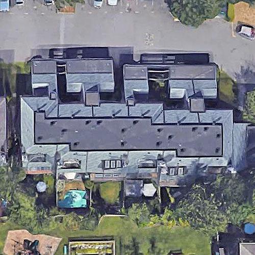Glenview Estates - 7521 140 St, Surrey, BC!