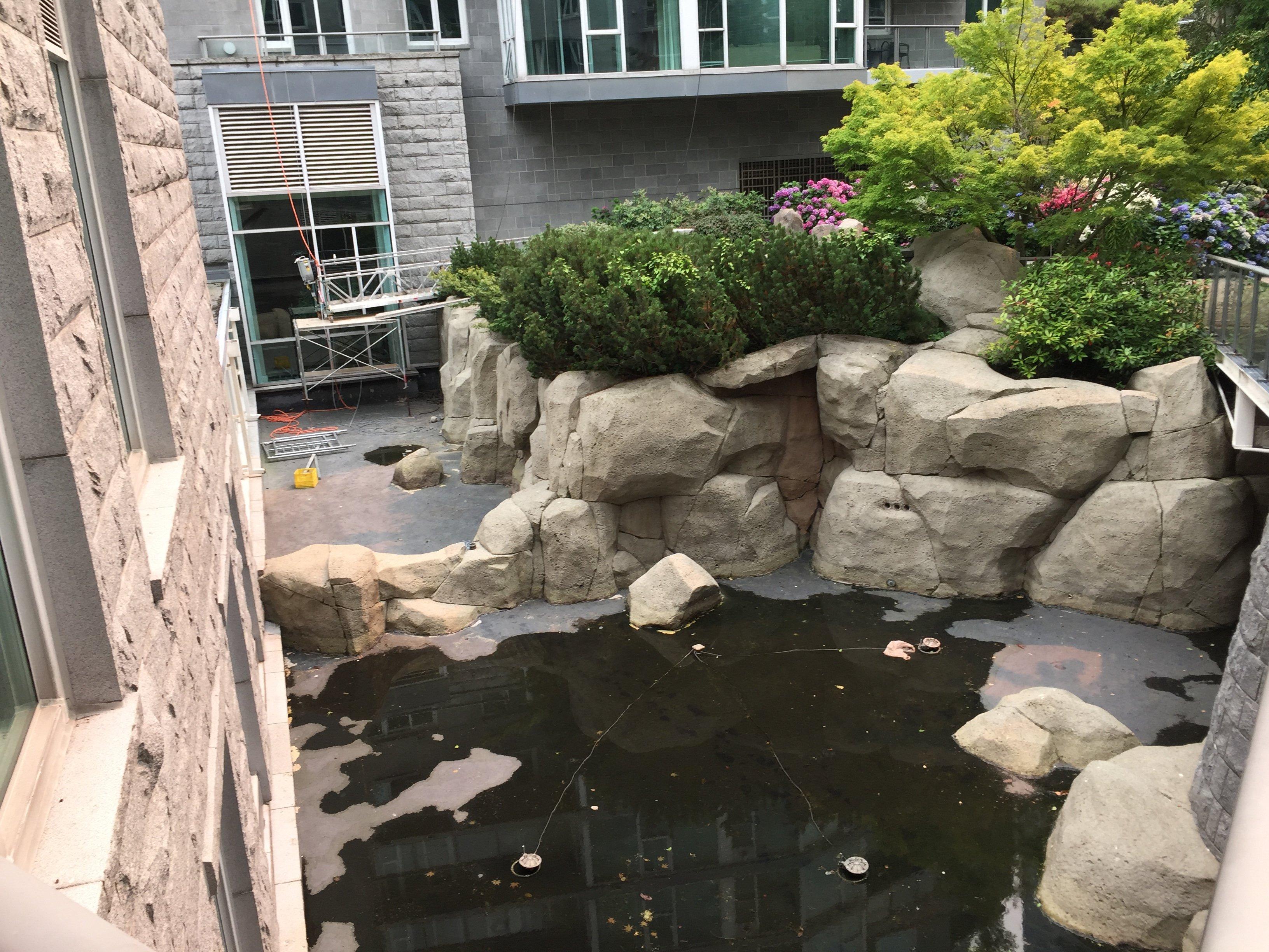 Avila Courtyard!