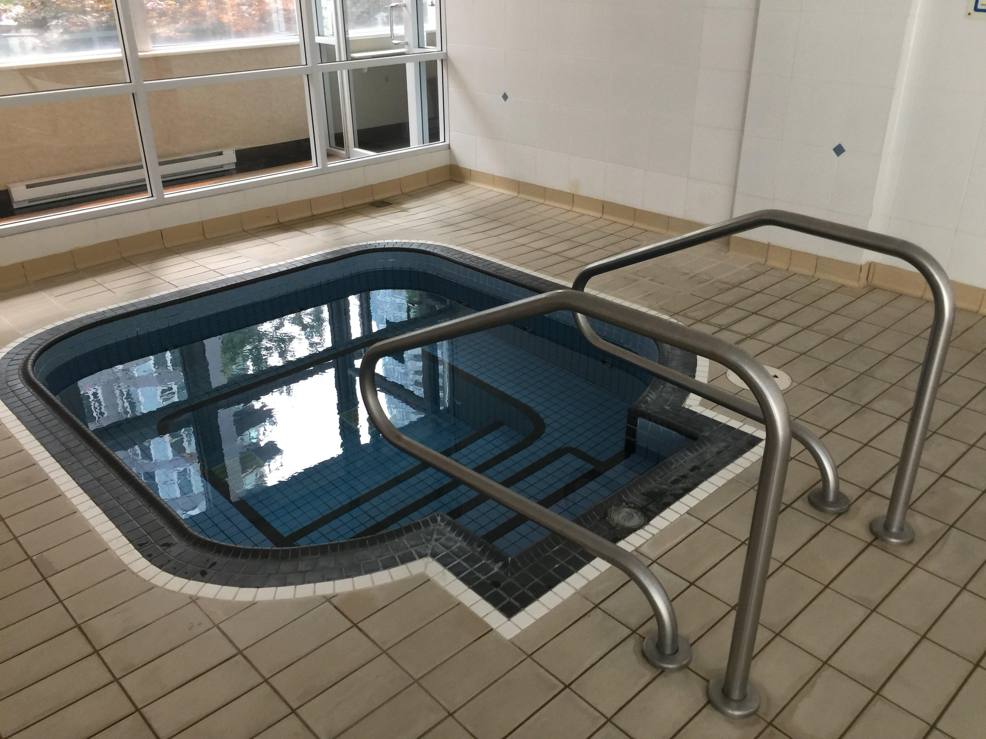 Avila Hot Tub!