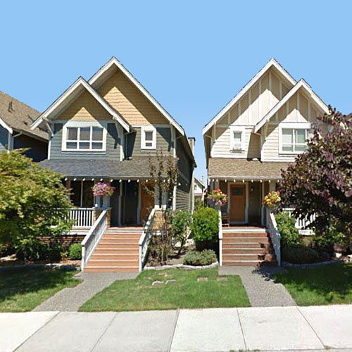 271 Holly Avenue, New Westminster, BC!