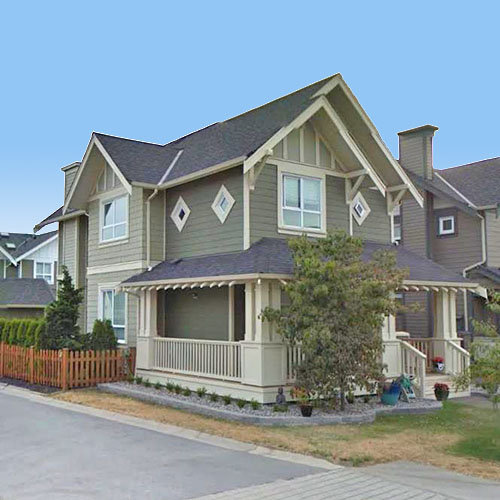 210 Holly Avenue, New Westminster, BC!