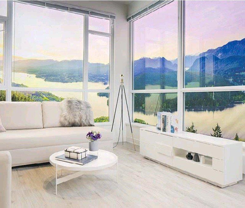 Floor-to-ceiling Windows!
