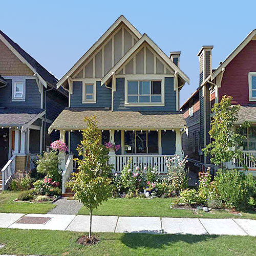 268 Furness Street, New Westminster, BC!