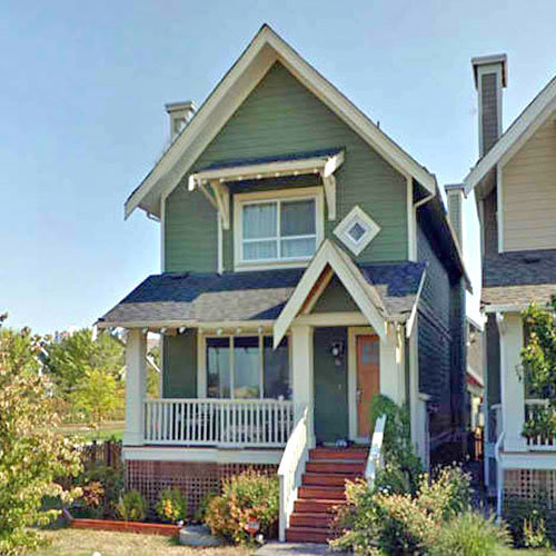 295 Furness Street, New Westminster, BC!