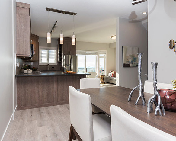 3525 Chandler St, Coquitlam, BC V3E 0L9, Canada Dining Area!