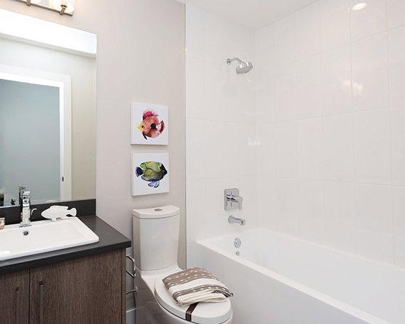 3525 Chandler St, Coquitlam, BC V3E 0L9, Canada Bathroom!