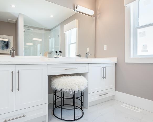 16760 25 Avenue, Surrey, BC V3S 0A7, Canada Bathroom!