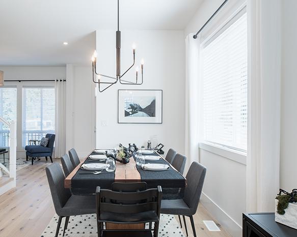 16760 25 Avenue, Surrey, BC V3S 0A7, Canada Dining Area!