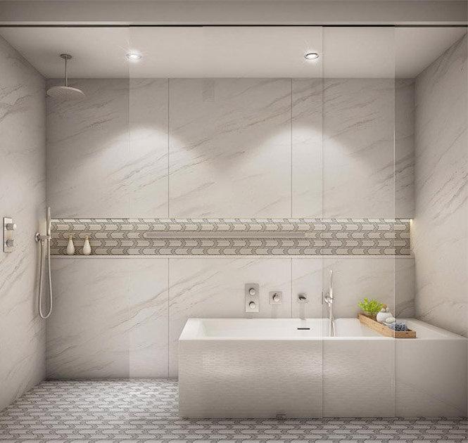 4066 Macdonald St, Vancouver, BC V6L 2N9, Canada Bathroom!