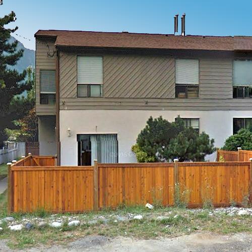 629 Douglas St, Hope, BC!
