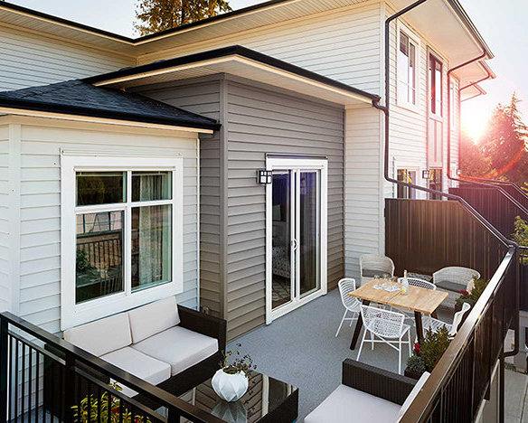 18505 Laurensen Place, Surrey, BC N0N 0N0, Canada Balcony!