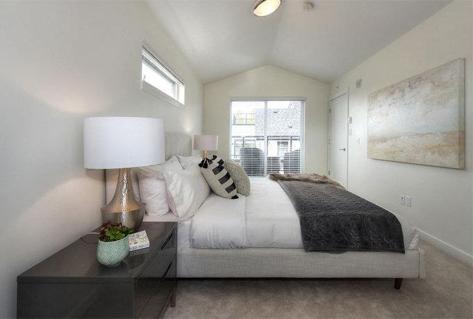 507 E 44th Ave, Vancouver, BC V5W 1W4, Canada Bedroom!