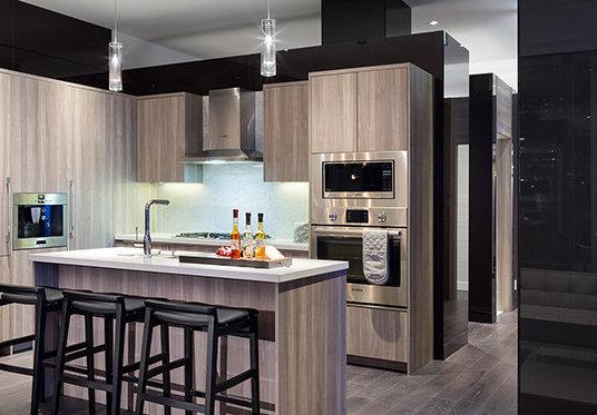 4829 Dawson St, Burnaby, BC V5C 0B1, Canada Kitchen!